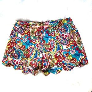 Attyre Scalloped Paisley Shorts Size 10